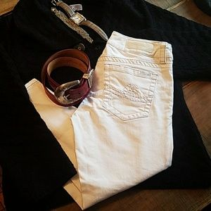 White skinny cropped jeans